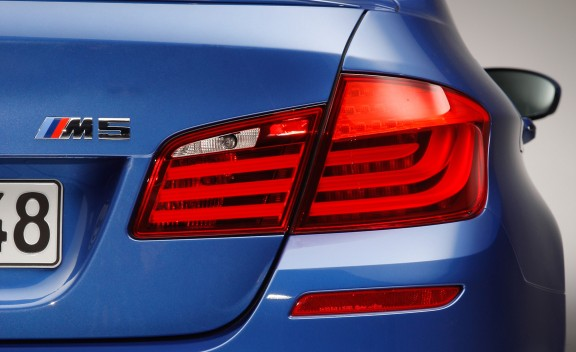 2012 BMW M5  (Photo 5 of 9)