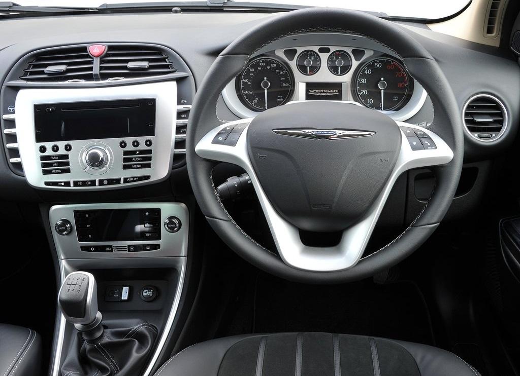 2012 Chrysler Delta  (Photo 7 of 19)