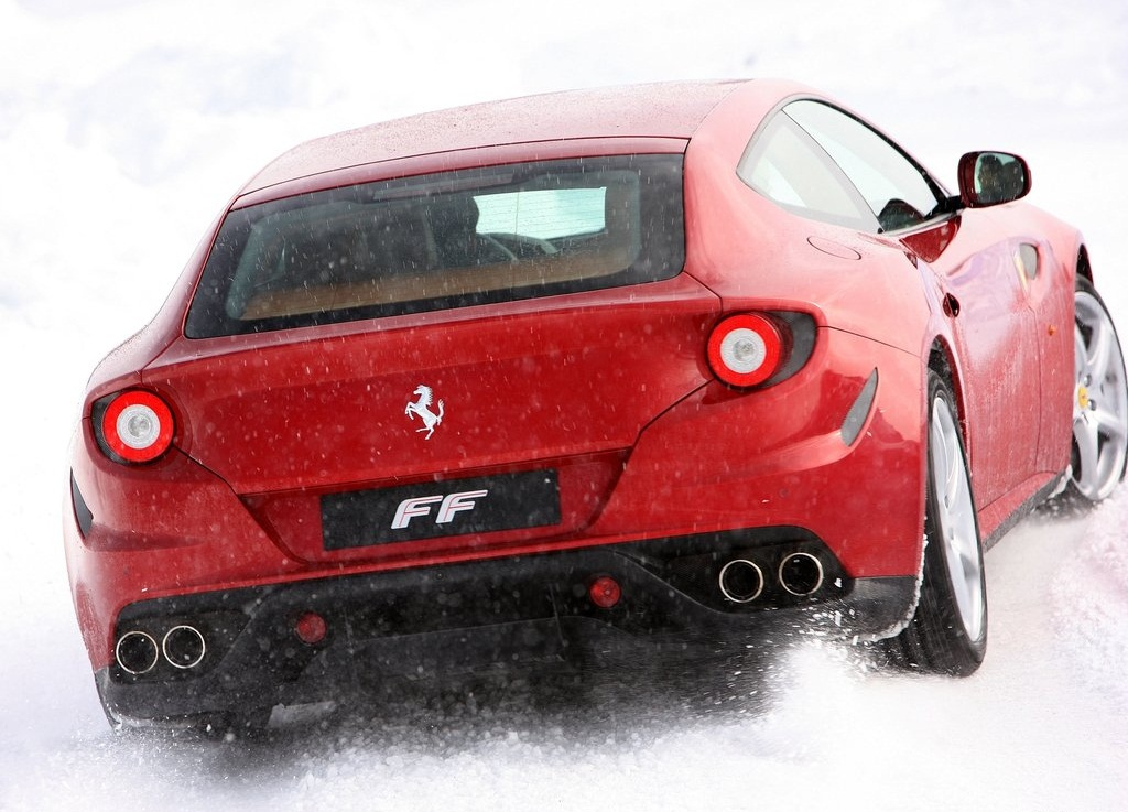 2012 Ferrari FF Rear (Photo 9 of 13)