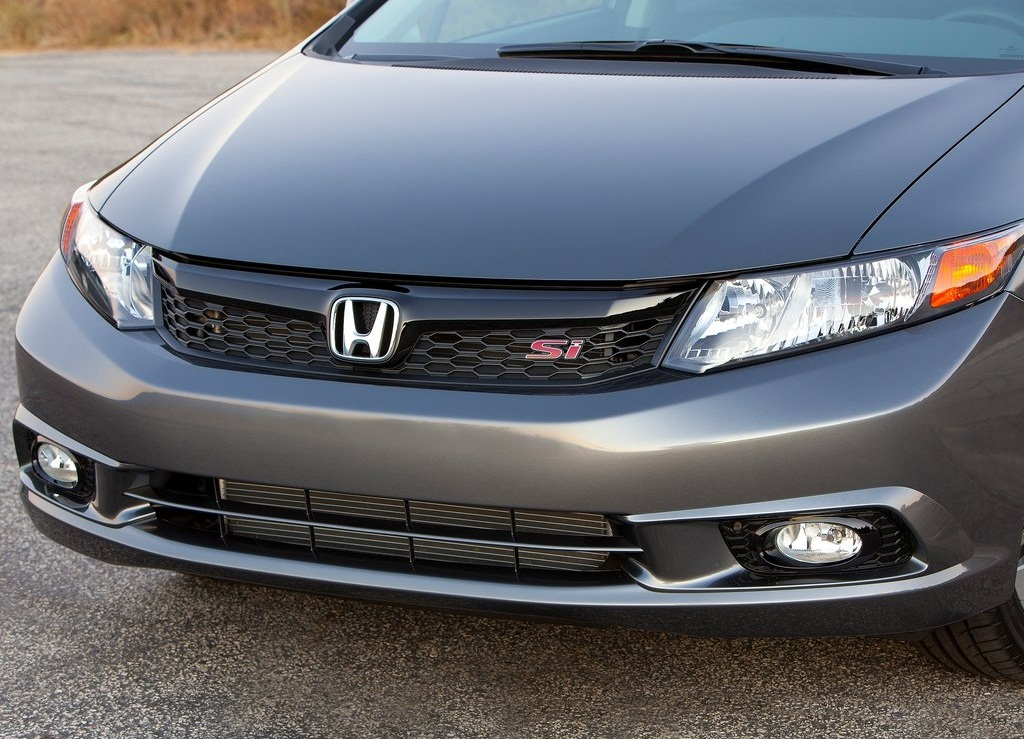 2012 Honda Civic Si Sedan Front (View 4 of 8)