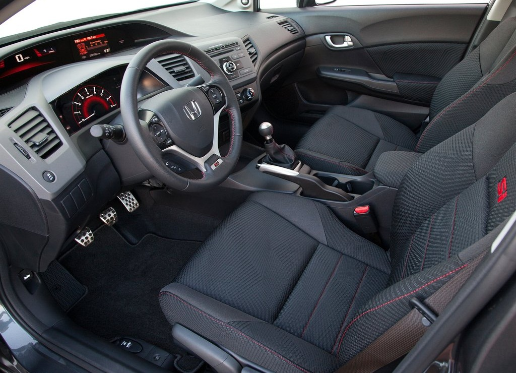 2012 Honda Civic Si Sedan Interior (View 8 of 8)
