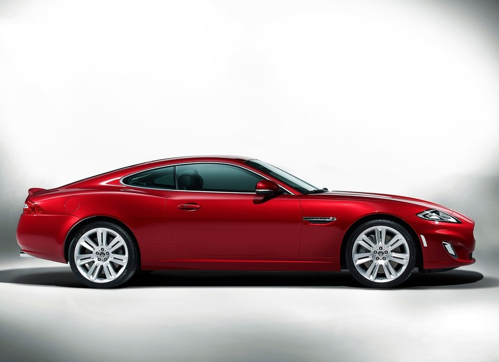 2012 Jaguar XKR Side (Photo 4 of 5)