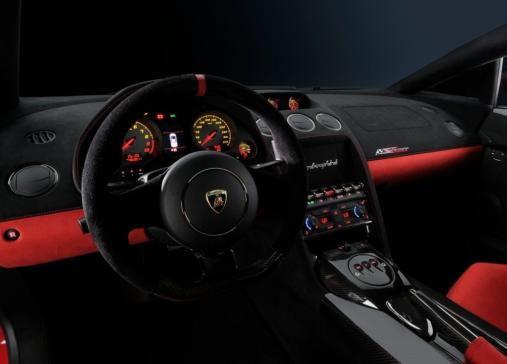 2012 Lamborghini Gallardo LP570 4 Super Trofeo Stradale  (Photo 5 of 9)