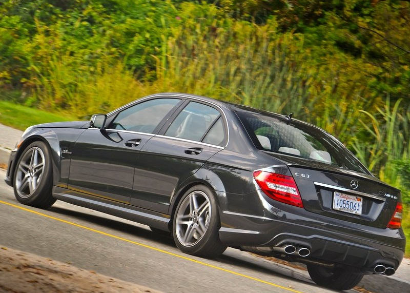 2012 Mercedes Benz C63 AMG  (Photo 5 of 10)