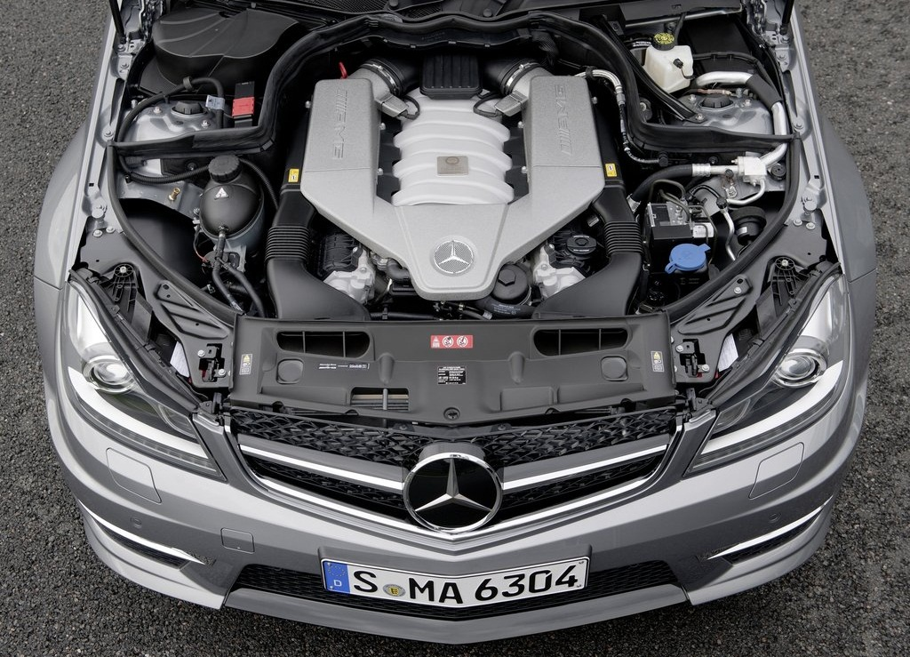 2012 Mercedes Benz C63 AMG  (Photo 9 of 10)