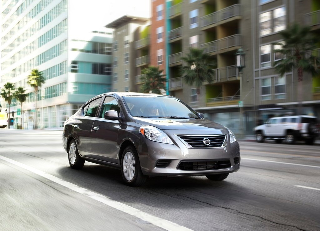 2012 Nissan Versa Sedan (Photo 1 of 7)