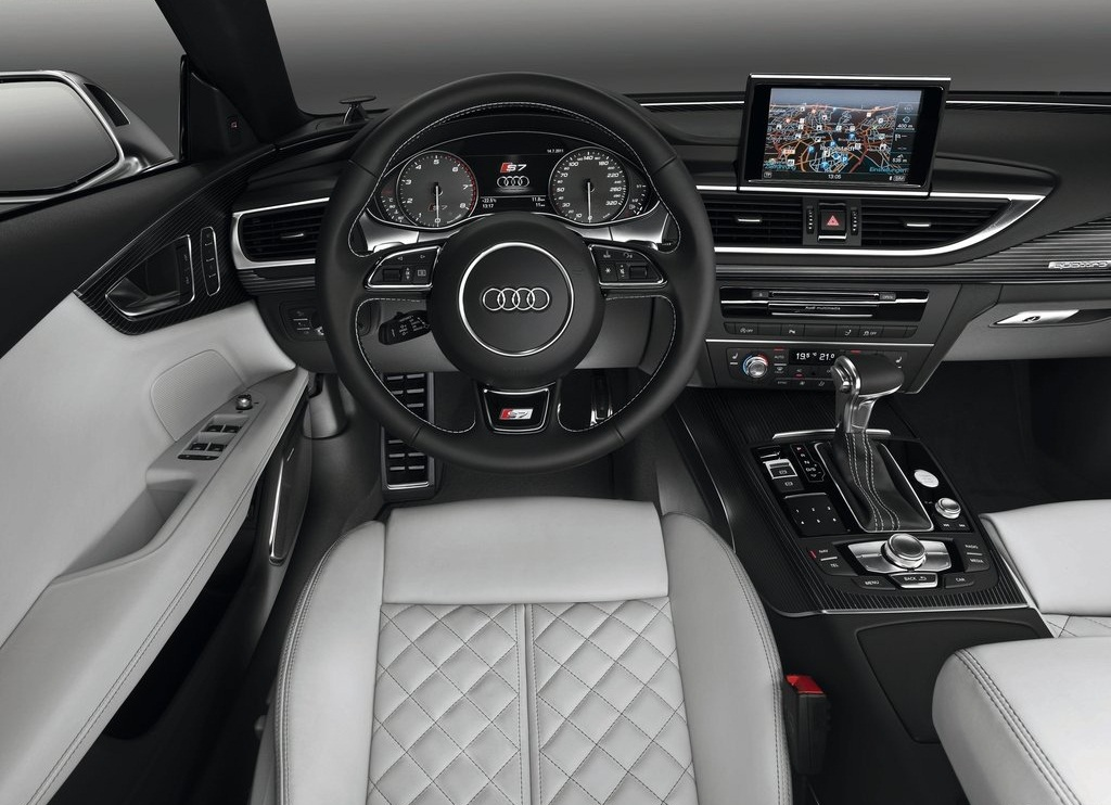 2013 Audi S7 Sportback Interior (Photo 3 of 9)