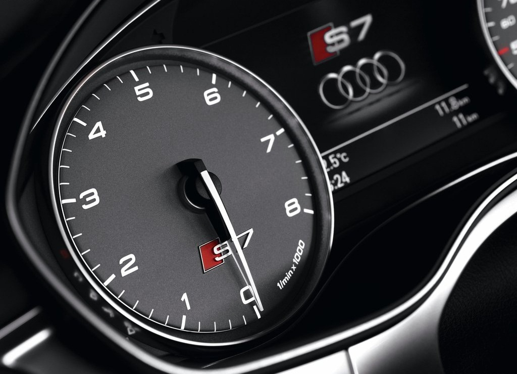 2013 Audi S7 Sportback Speed (Photo 7 of 9)