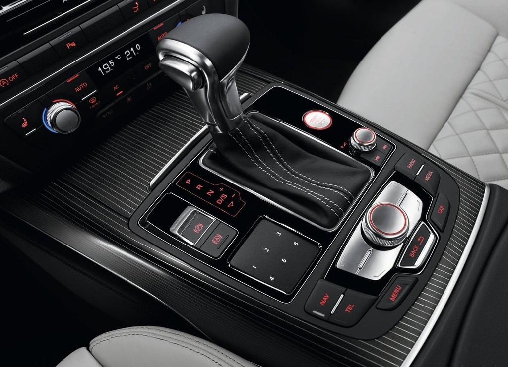 2013 Audi S7 Sportback Torque (Photo 8 of 9)