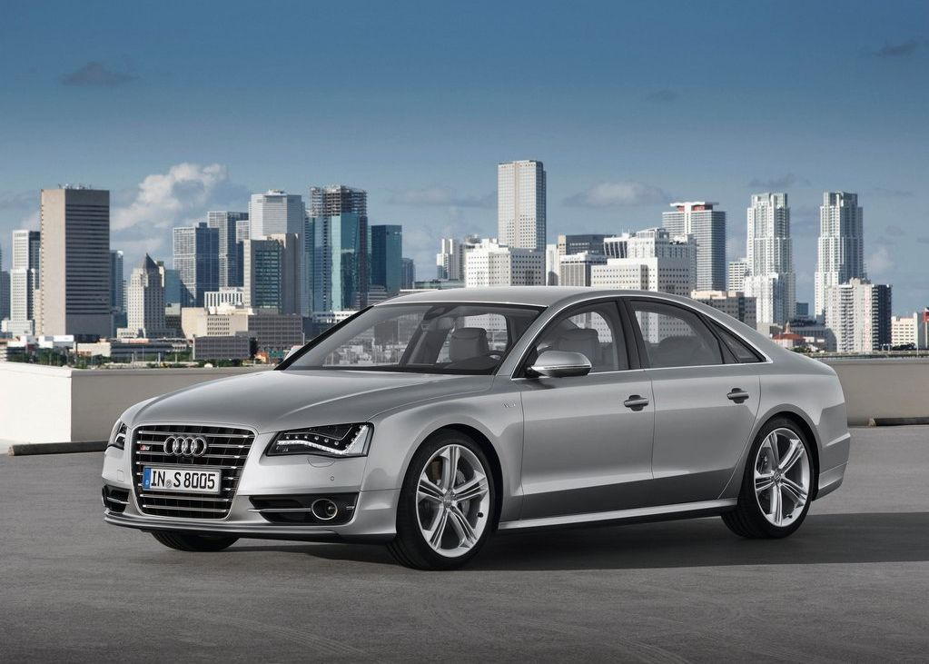 2013 Audi S8 (View 9 of 12)