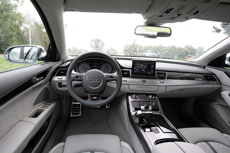 2013 Audi S8 (View 12 of 12)