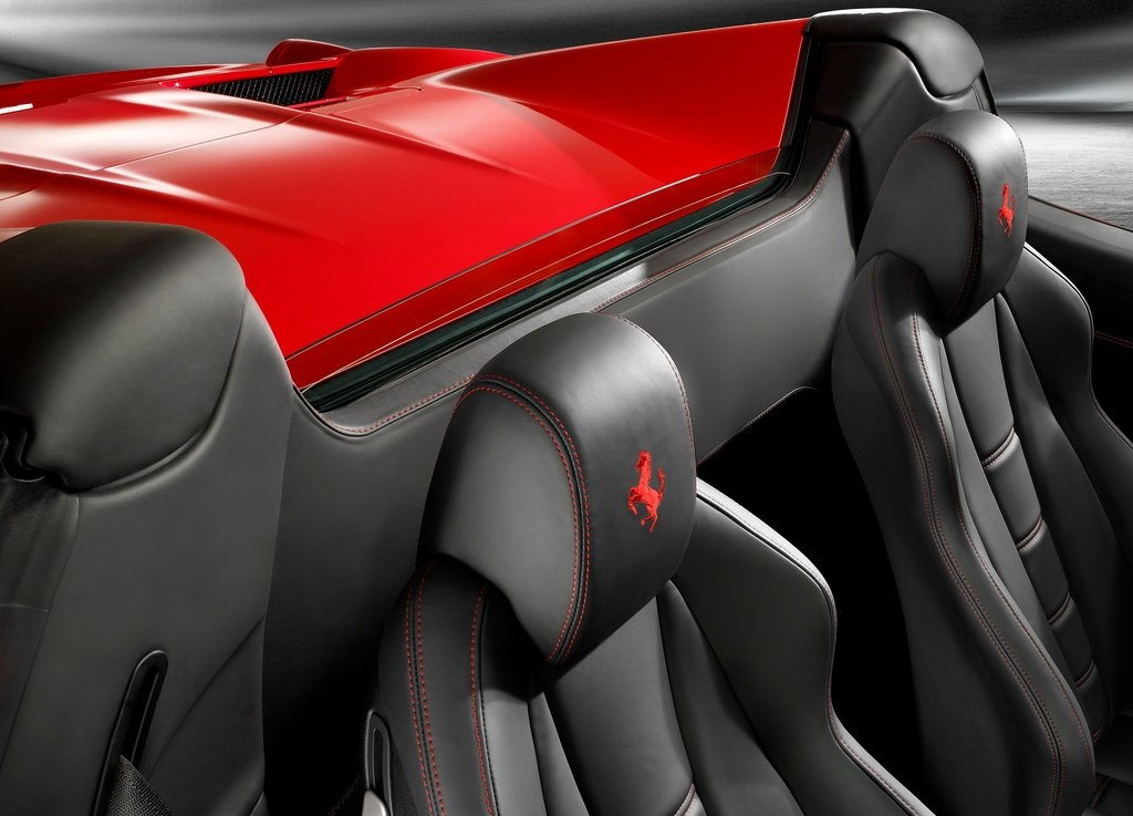 2013 Ferrari 458 Spider (View 5 of 8)