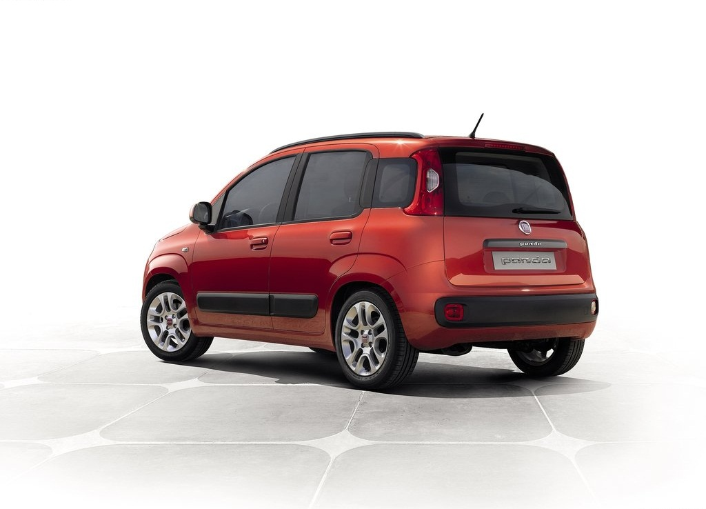 2013 Fiat Panda Behind (Photo 2 of 5)