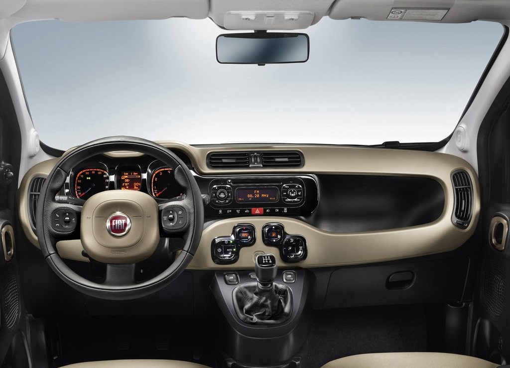 2013 Fiat Panda Interior  (Photo 4 of 5)