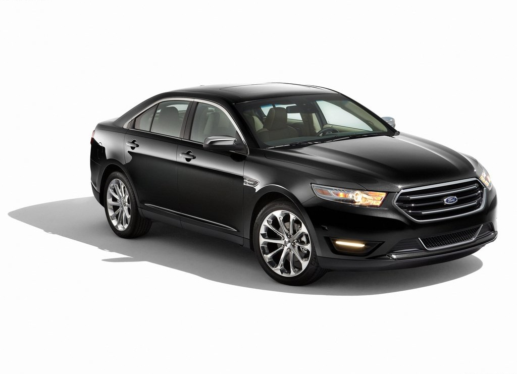 2013 Ford Taurus (Photo 2 of 12)