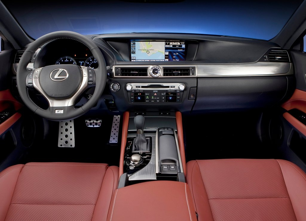 2013 Lexus GS 350 F Sport Interior (View 6 of 9)
