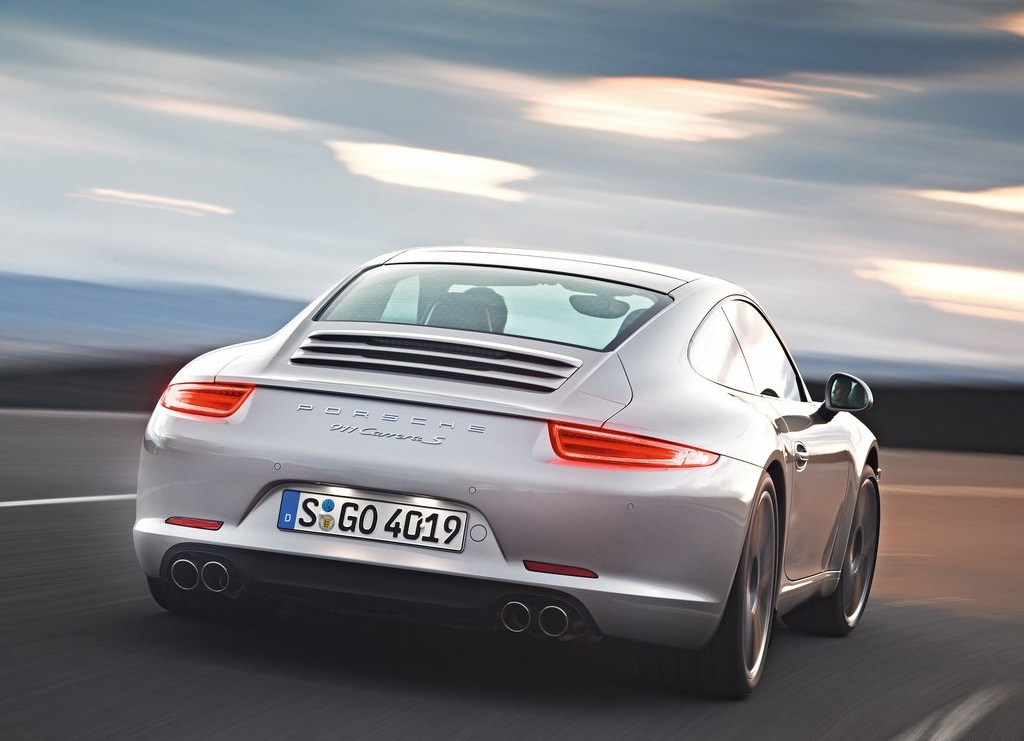 2013 Porsche 911 Carrera S Behind (Photo 4 of 8)