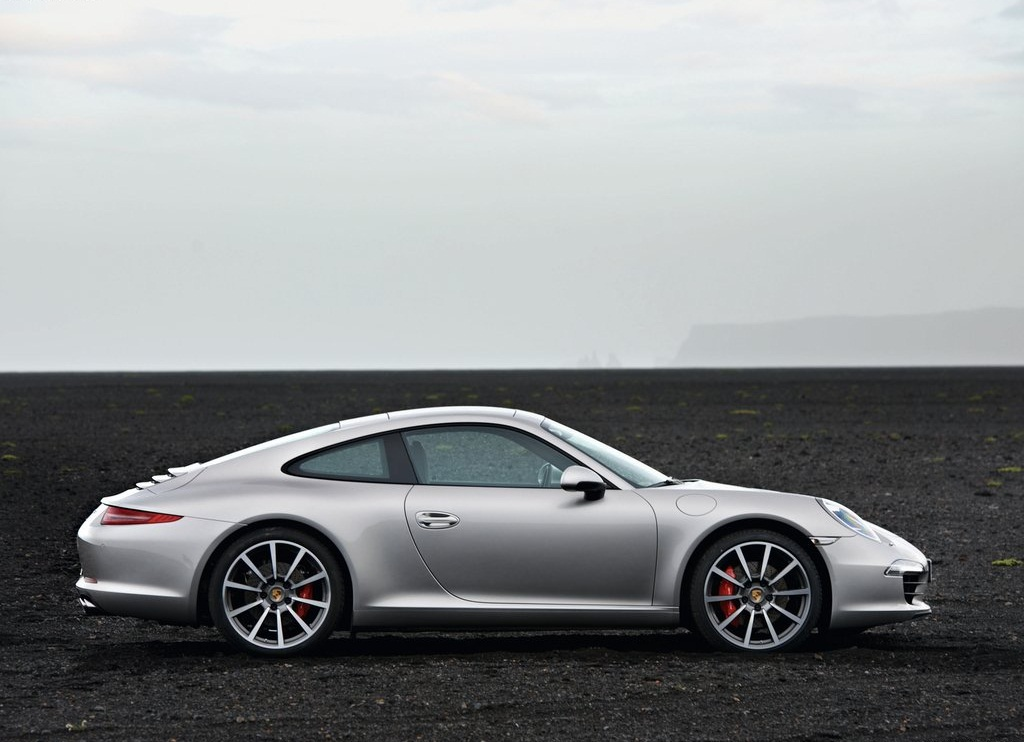 2013 Porsche 911 Carrera S Side (Photo 8 of 8)