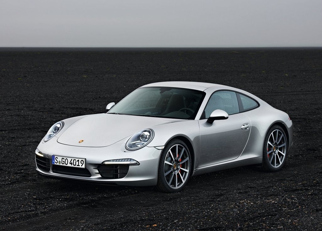 2013 Porsche 911 Carrera S (Photo 2 of 8)