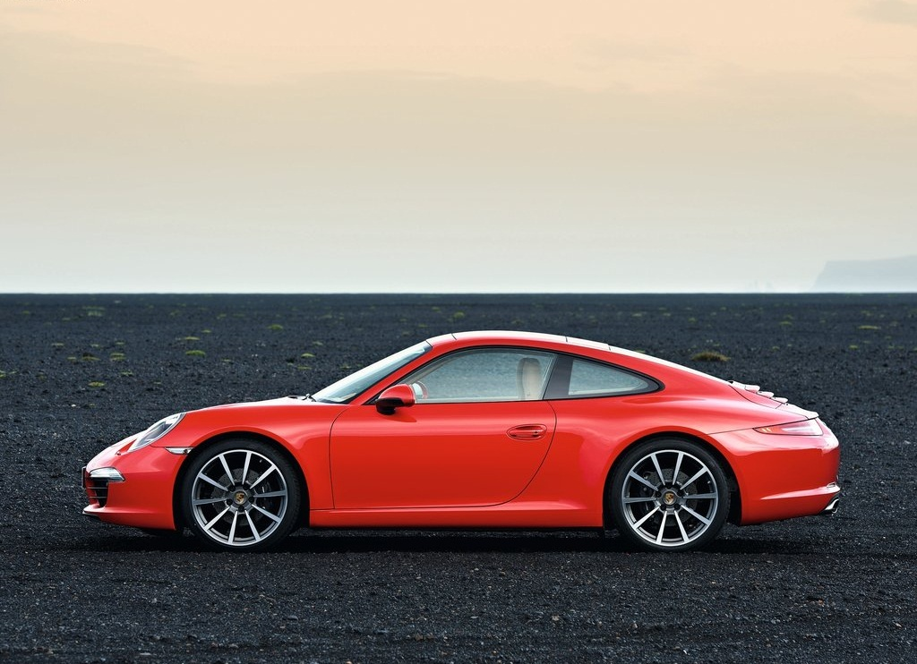 2013 Porsche 911 Carrera Side (View 8 of 9)