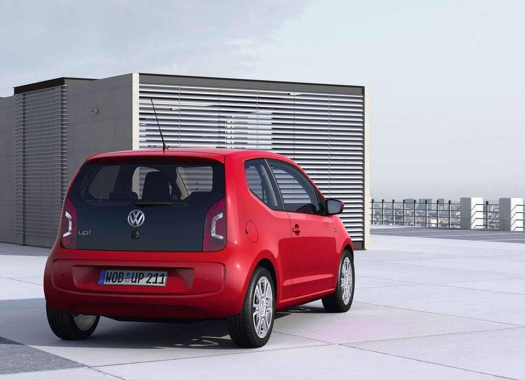 2013 VolksWagen Up  (Photo 4 of 9)