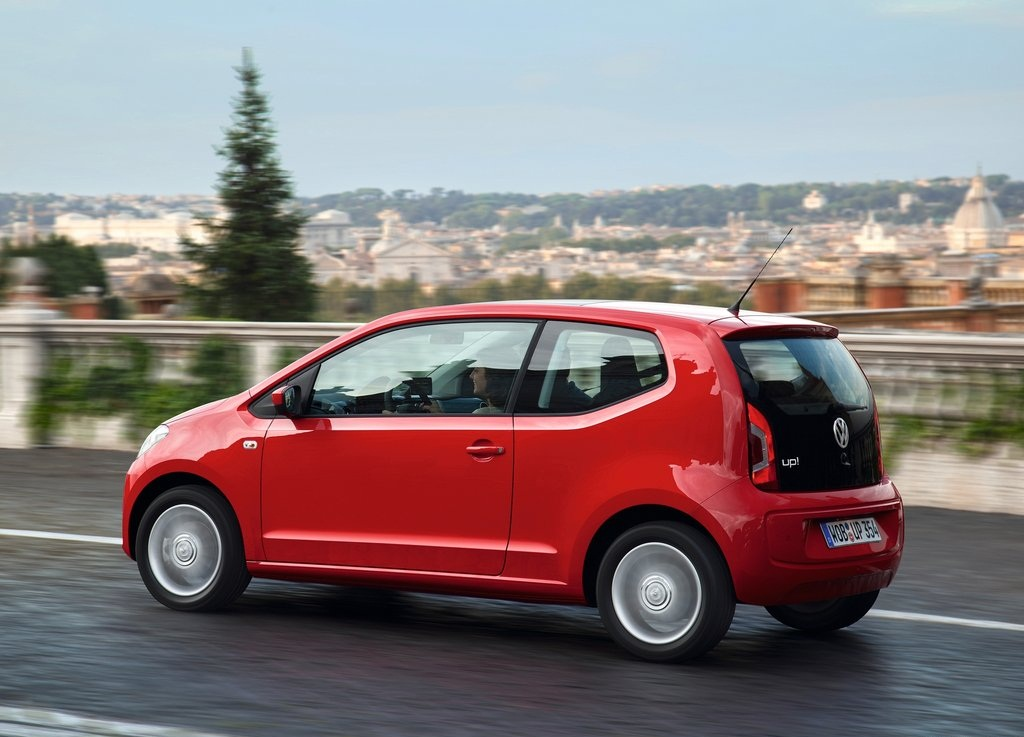 2013 VolksWagen Up  (Photo 5 of 9)