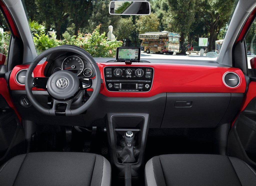 2013 VolksWagen Up  (Photo 7 of 9)