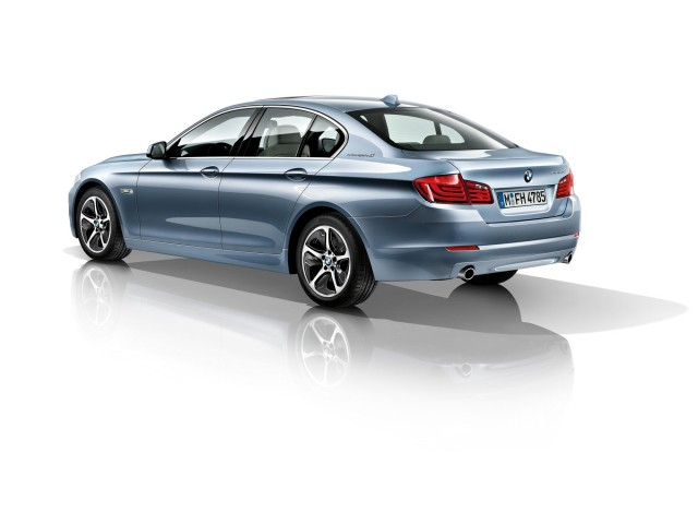 BMW ActiveHybrid (View 2 of 9)