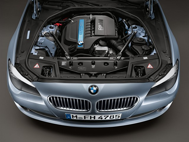 BMW ActiveHybrid 5 Machine (Photo 9 of 9)