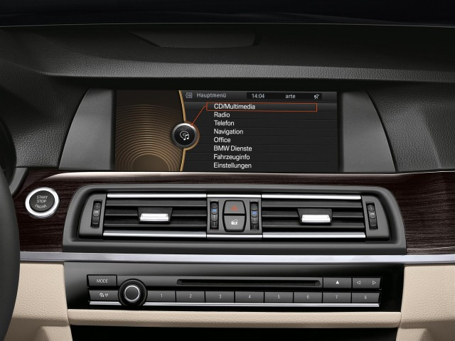 BMW ActiveHybrid (View 3 of 9)