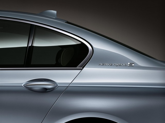 BMW ActiveHybrid (View 7 of 9)