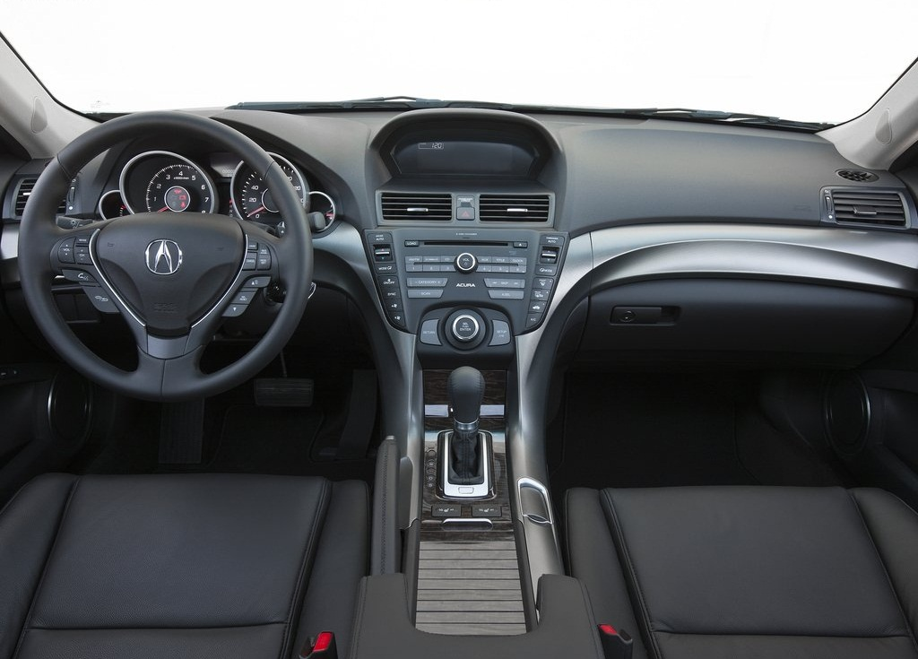 Acura TL Interior (Photo 6 of 9)
