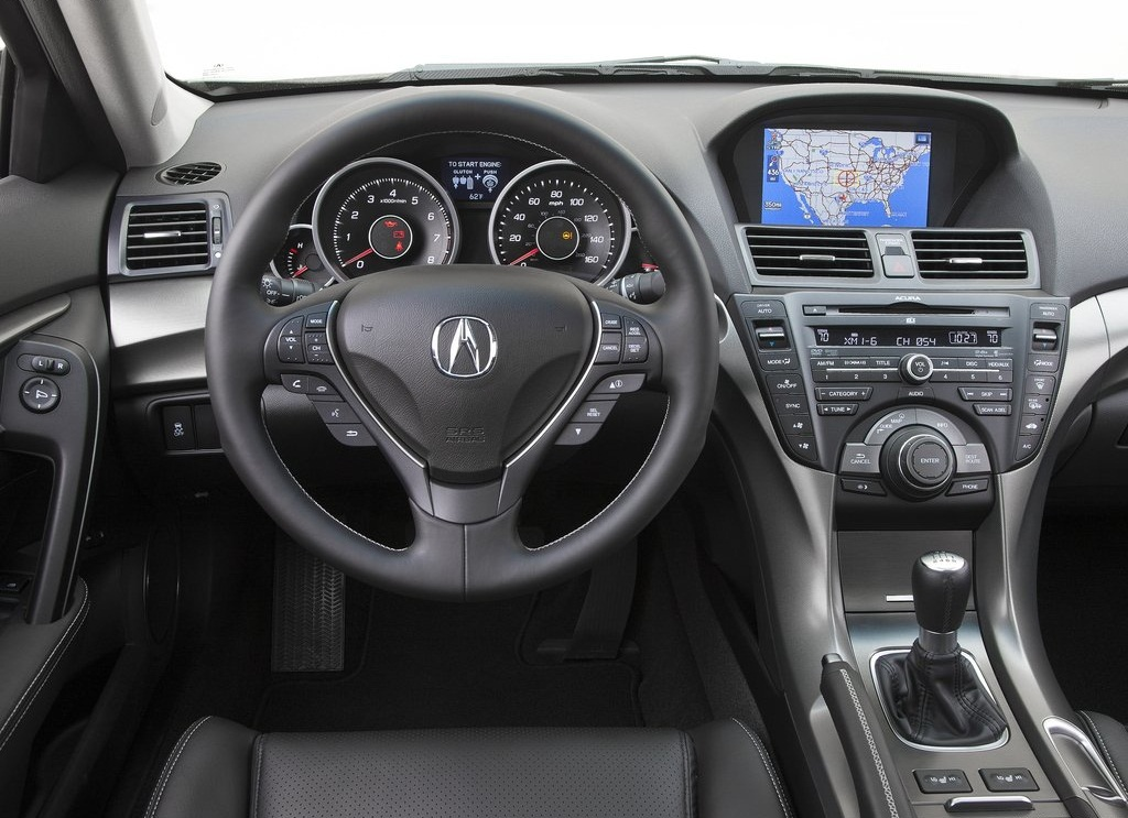 Acura TL Interior (Photo 8 of 9)