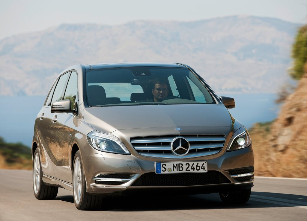 Mercedes B Class  (Photo 8 of 19)