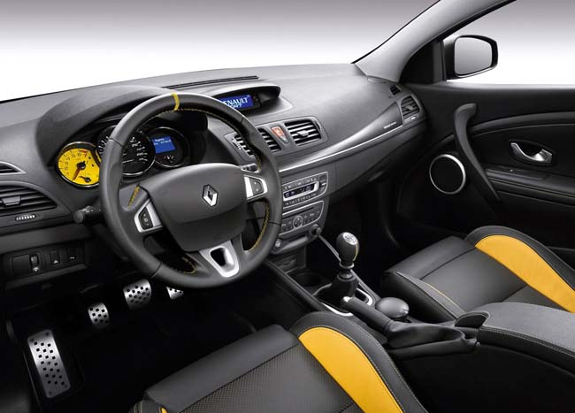 Renault Megane RS Trophy (2012) (View 5 of 7)