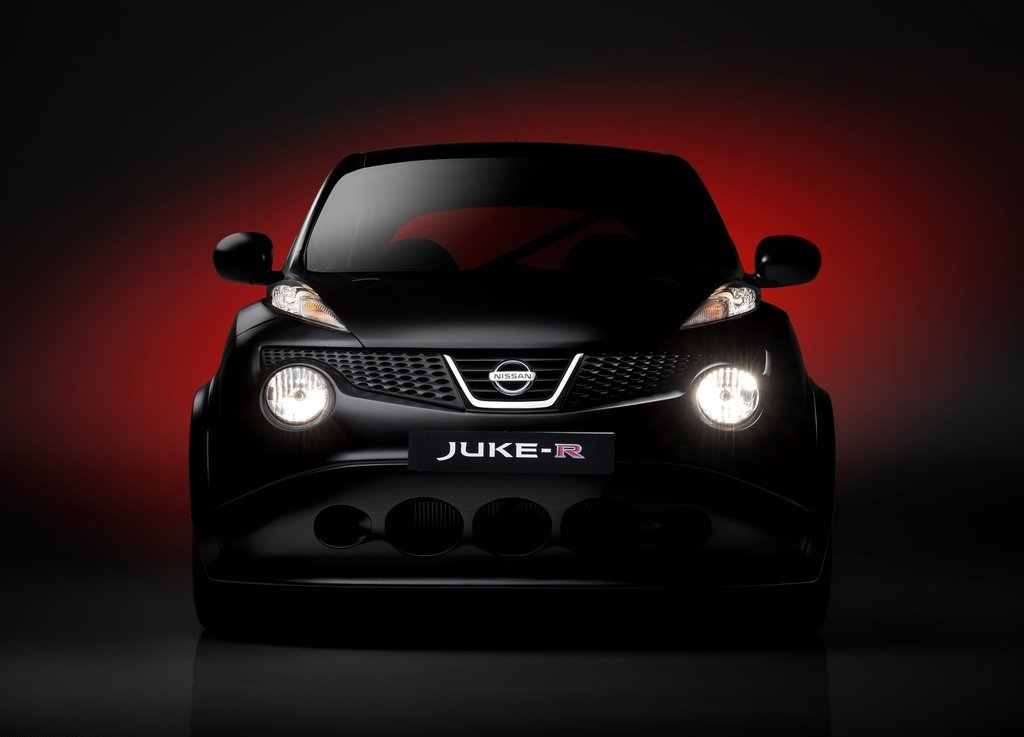 2011 Nissan Juke R Concept Front (Photo 3 of 6)