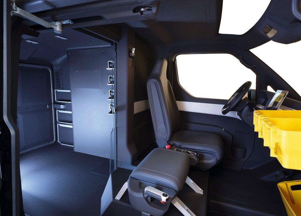 2011 Volkswagen ET Concept Interior  (Photo 4 of 5)