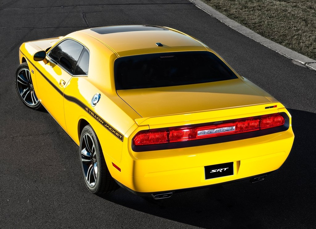 2012 Dodge Challenger SRT8 392 Yellow Jacket  (Photo 2 of 7)