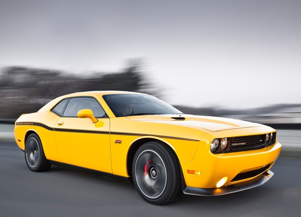 2012 Dodge Challenger SRT8 392 Yellow Jacket  (Photo 3 of 7)