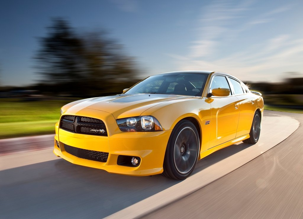 Featured Image of 2012 Dodge Charger SRT8 Super Bee Concept Review