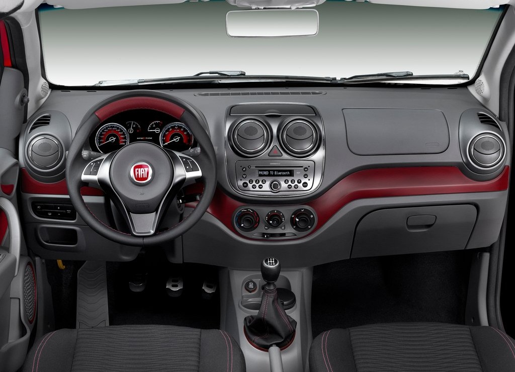 2012 Fiat Palio Interior (Photo 6 of 10)