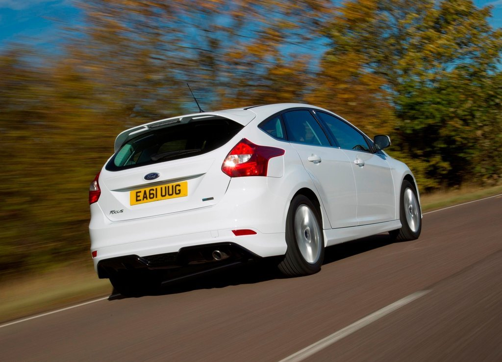 2012 Ford Focus Zetec S Rear (View 3 of 5)