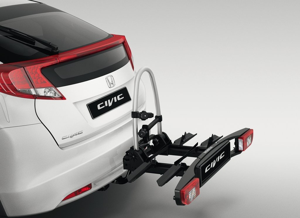 2012 Honda Civic EU Version Rear (View 8 of 11)