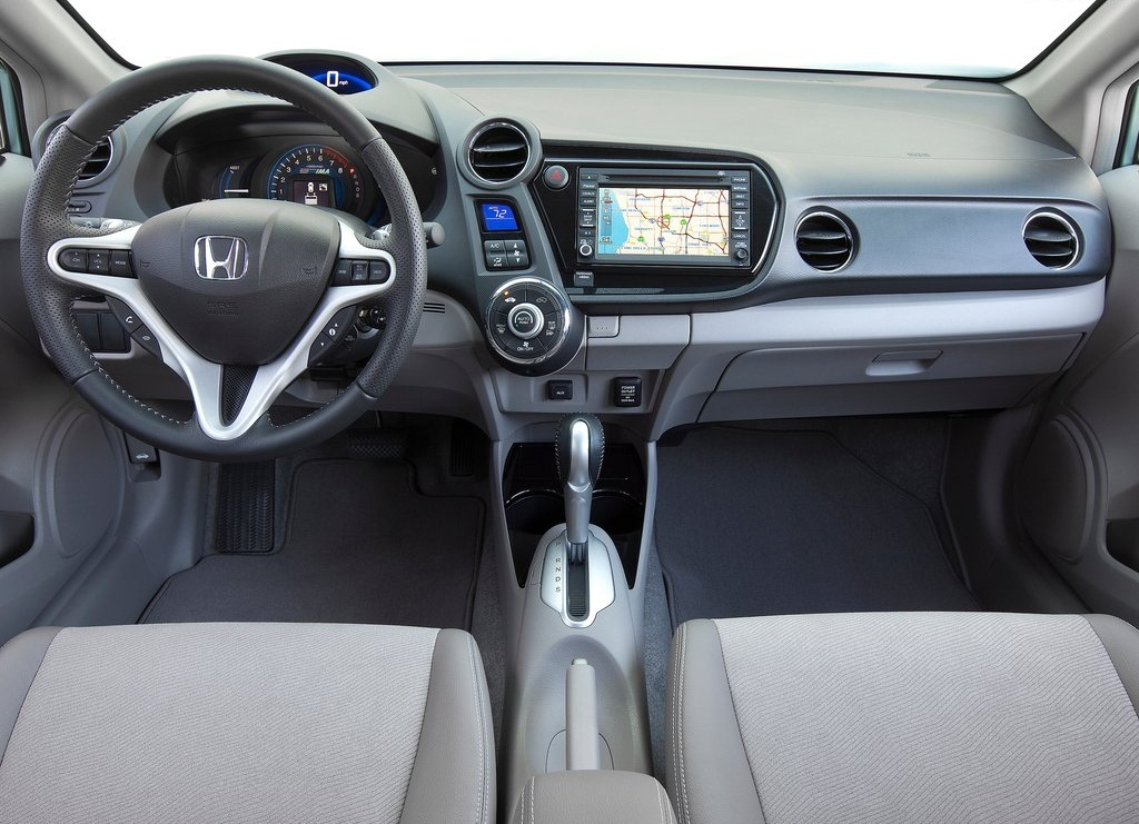 2012 Honda Insight Interior (View 4 of 8)