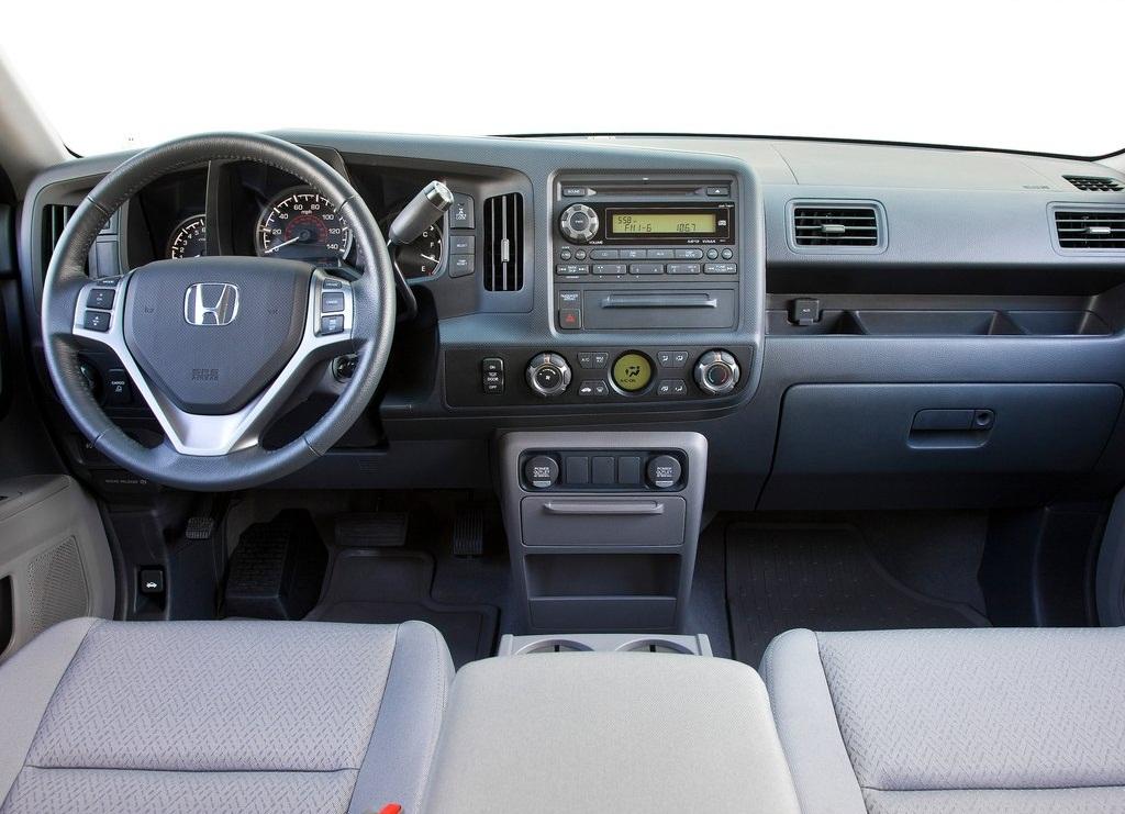 2012 Honda Ridgeline Sport Interior (View 4 of 7)