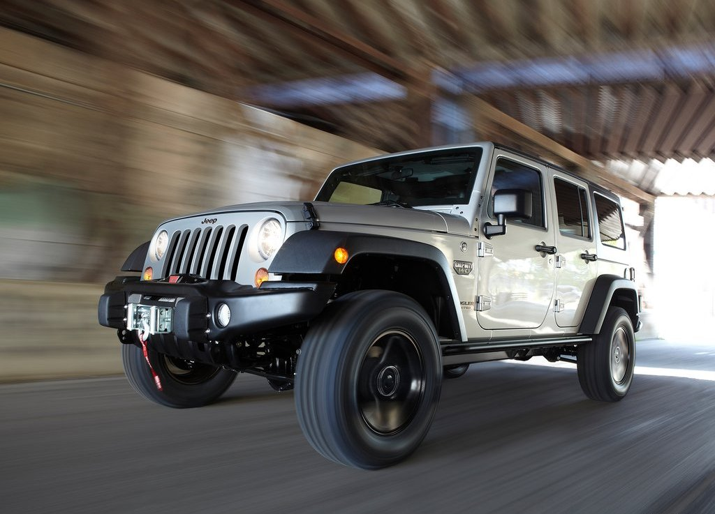 2012 Jeep Wrangler MW3 Review Pictures Gallery (7 Images)