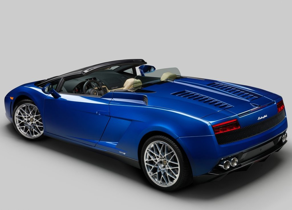 2012 Lamborghini Gallardo LP550 2 Spyder Rear (Photo 5 of 7)