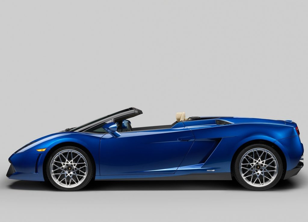 2012 Lamborghini Gallardo LP550 2 Spyder Side (Photo 7 of 7)