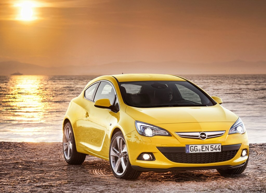 Featured Image of 2012 Opel Astra GTC Dramatic Luxurious Concept