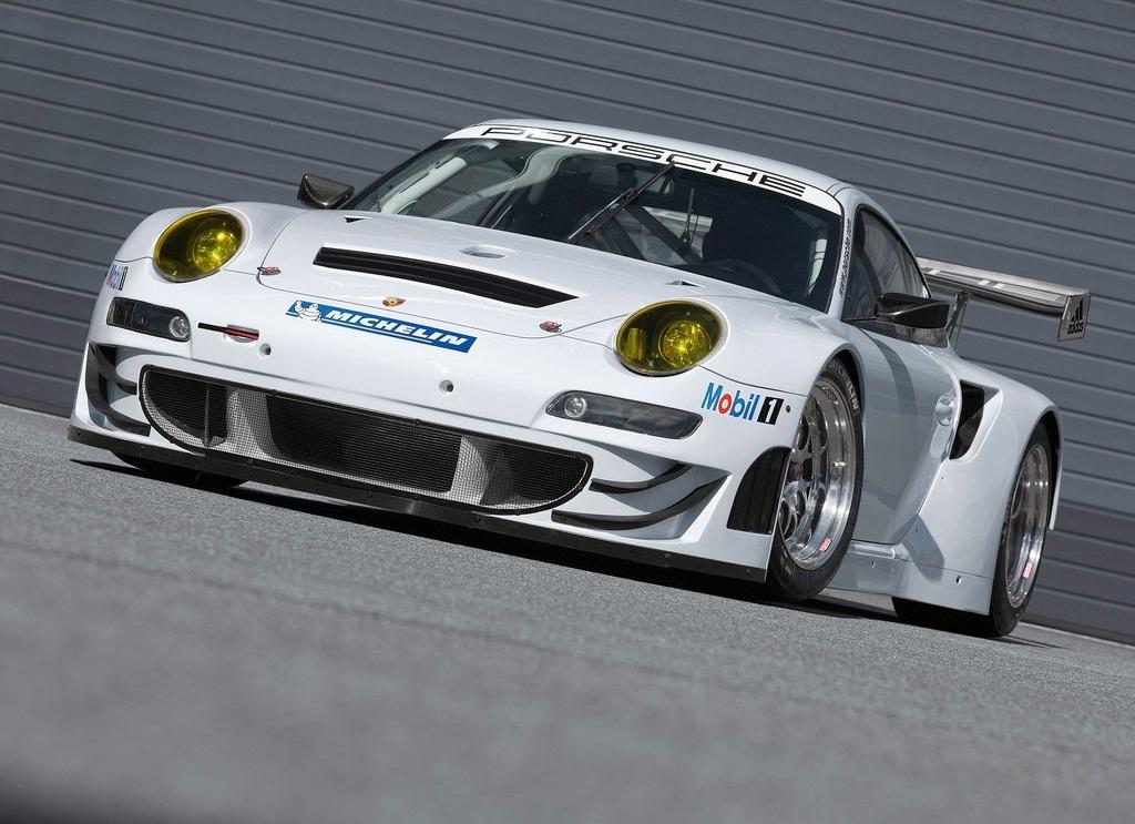2012 Porsche 911 GT3 RSR  (Photo 2 of 6)